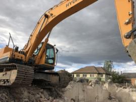 Excavator pe senile 30 to cu cupa de 2 mc