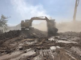 Excavator pe senile cu cupa de 0.8 mc