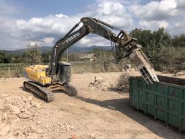 Excavator pe senile 30 to cu pulverizator