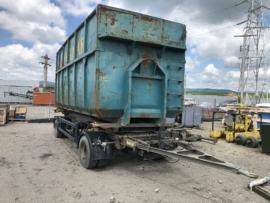 Remorcă pentru transport containere