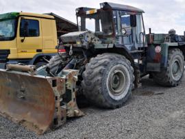 Bulldozer pe pneuri 26 to